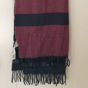 Gap Scarf New With Tags, 24 x 76""